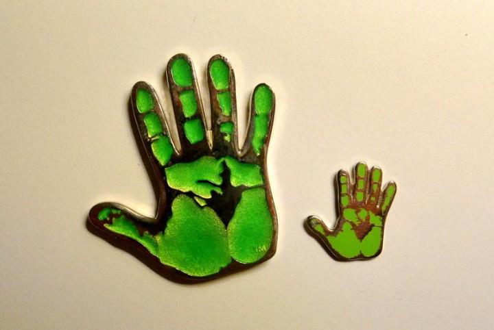 Green Hand Pin