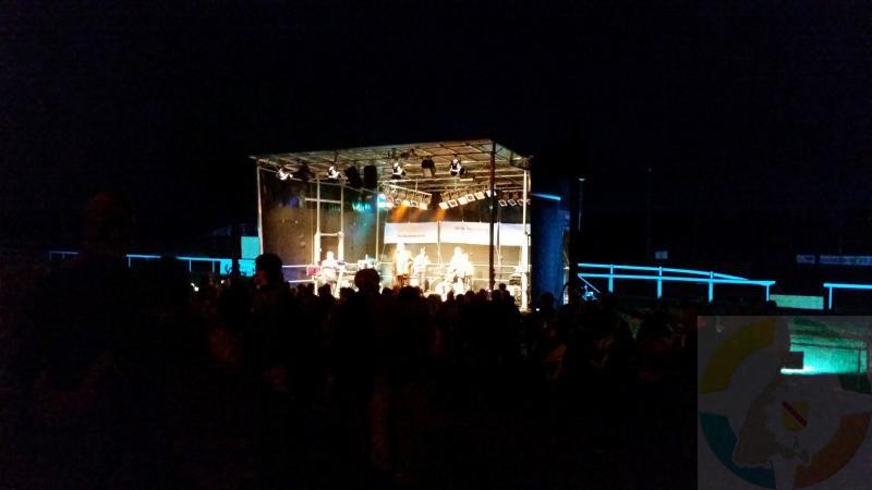 Die Dosenfischer live on stage