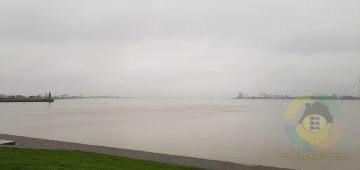 Blick vom Deich - Bremerhaven